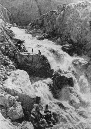 Перенос частиц пород реками
